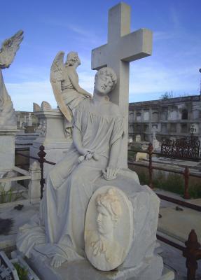 Cementerio de Reina