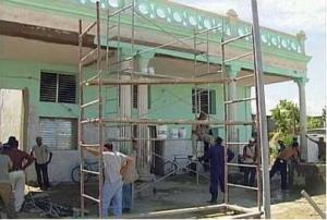 Realizan acciones de mantenimiento y conservación en el centro histórico de Cienfuegos