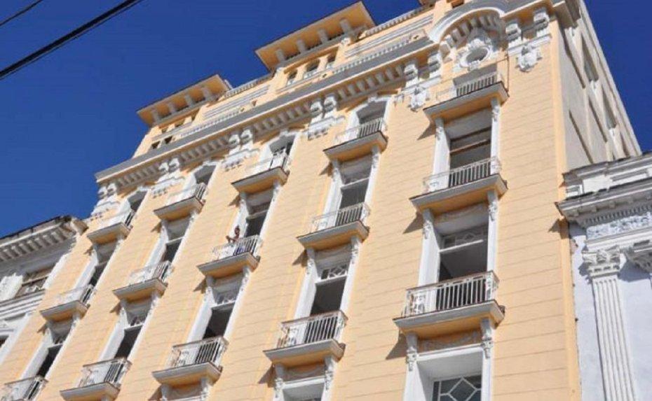"""Hotel """"San Carlos"""": una nueva vida a sus 94 años"""