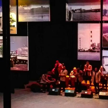 Rememoran en Cienfuegos historia y cultura de la ciudad en gala cultural por el bicentenario